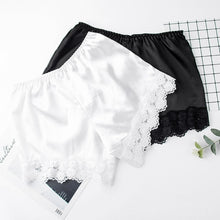 Load image into Gallery viewer, Women Floral Lace Shorts