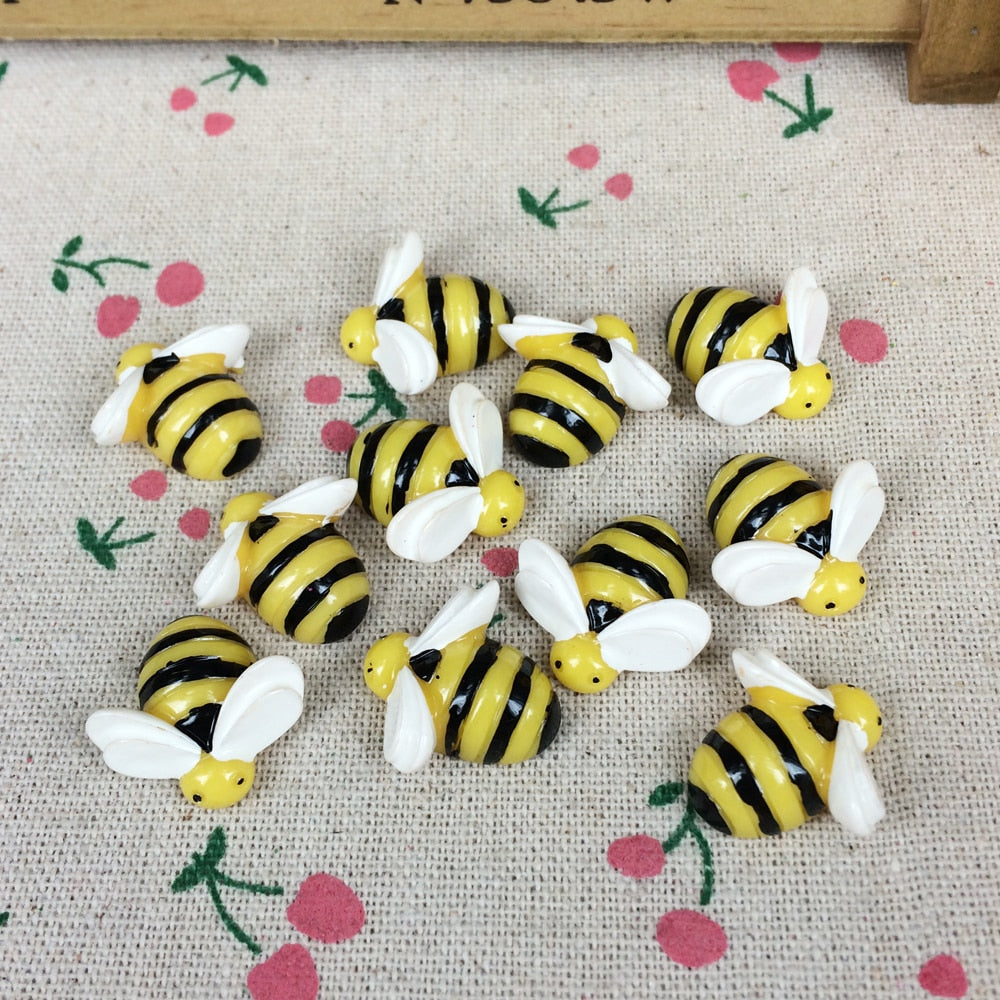 Flat Back Resin Cabochon Bee