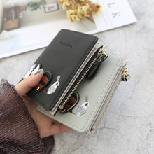 Load image into Gallery viewer, Leather Female Small Card Holder