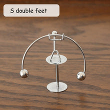 Load image into Gallery viewer, Newton Cradle Pendulum