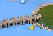 Load image into Gallery viewer, Mini Resin Craft Bridge