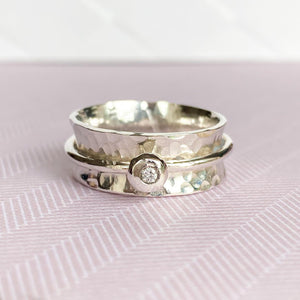 'Always' silver - Silver spinning ring with diamond.