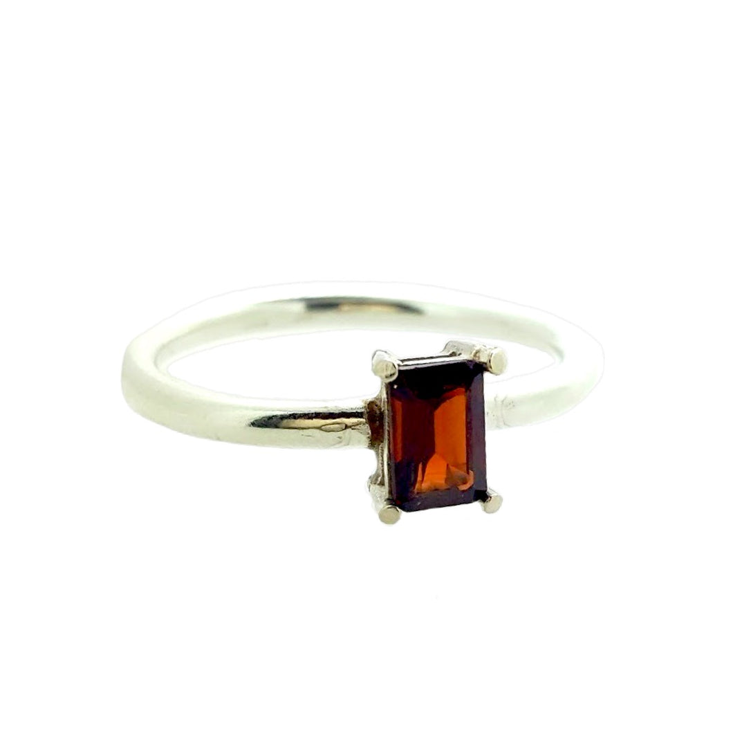 Hepburn in red. A stunning red garnet set in solid white gold.