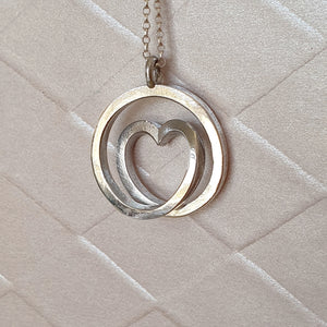 Infinite love - Sterling silver spiral necklace