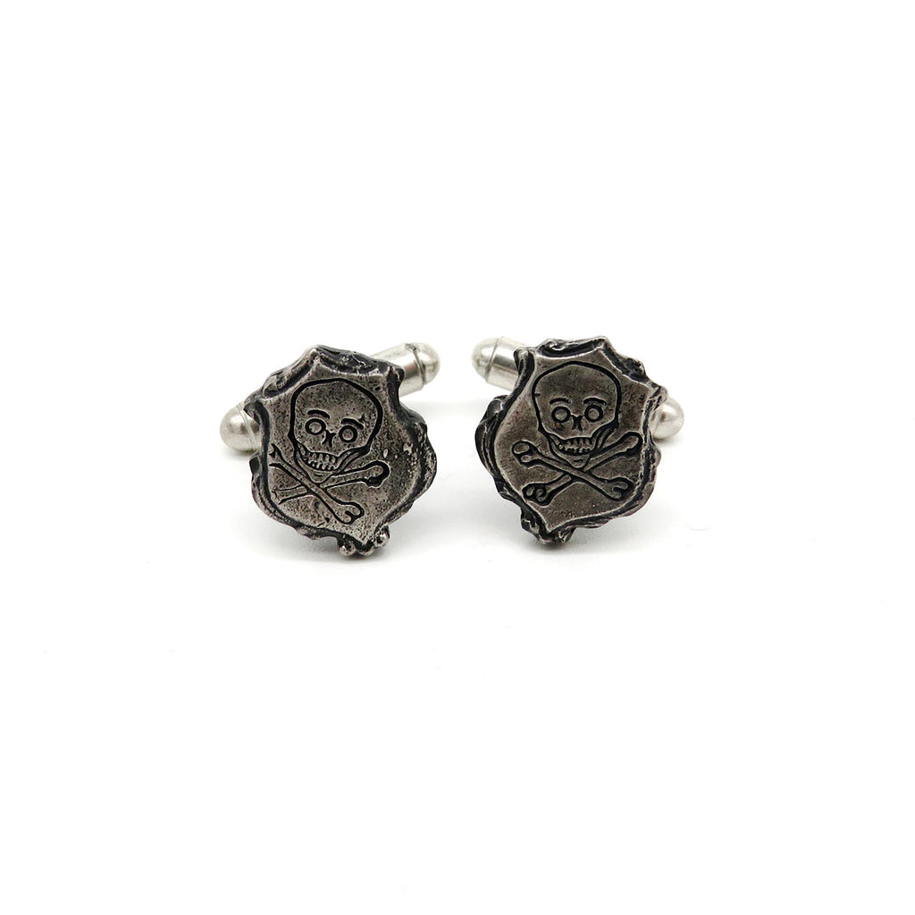 Blackened silver cufflinks with skull engraving - Tinsel Gallery