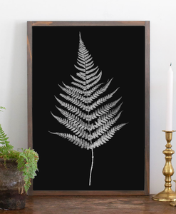 Modern farmhouse sign with fern graphic 3 black background