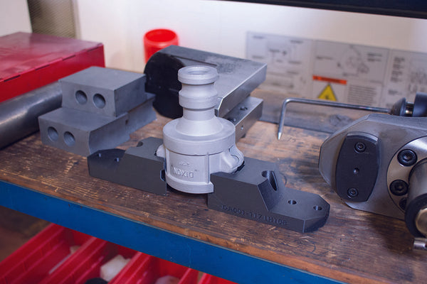 a two jaw gripper set for a pipe fitting