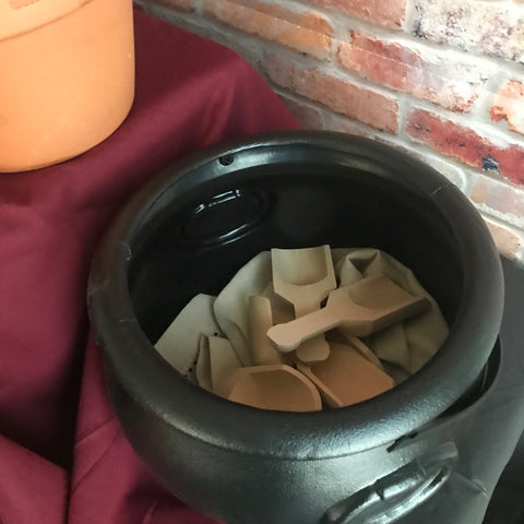 Cauldron container