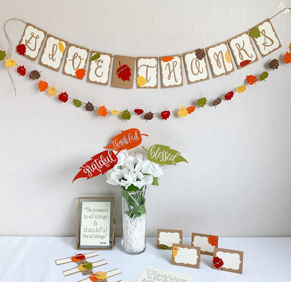 Give Thanks Decor Kit