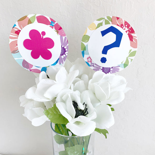 Hawaiian Gender Reveal Centerpiece