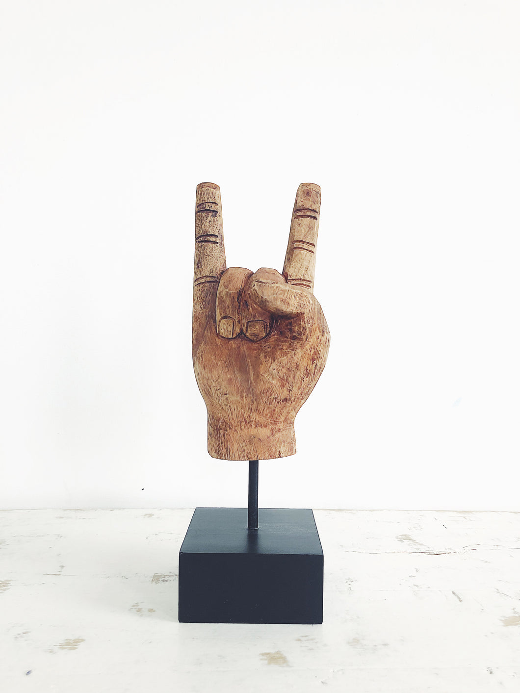 ROCK ON HAND SIGN