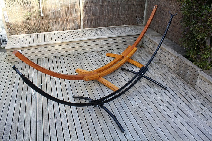 Curved hammock stands