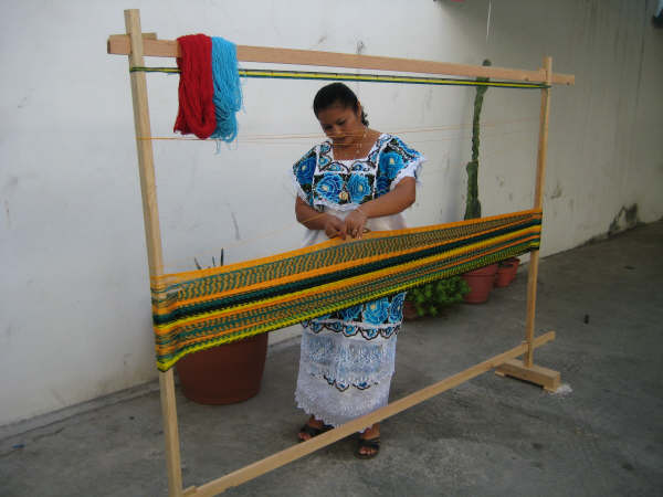 Handweaving Hammocks
