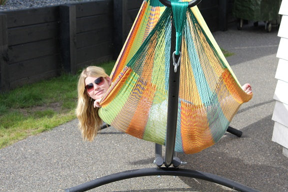 Outdoor freestanding hammock