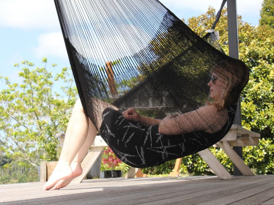 Ceilo Black Weatherproof Cotton Hammock