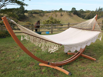 Curved wood look hammock stand and bar hammock
