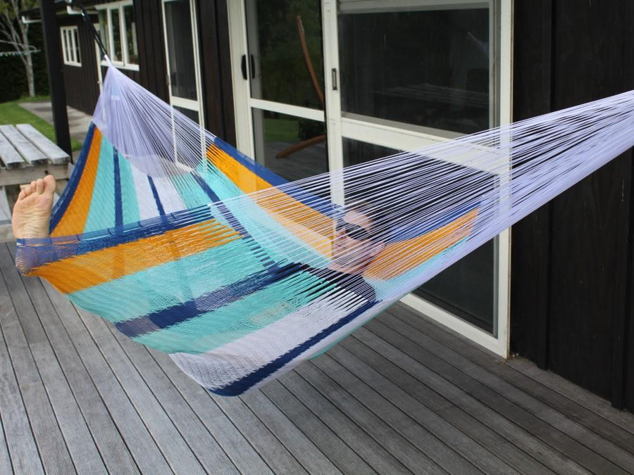 Hanging Hammock with Tree Straps