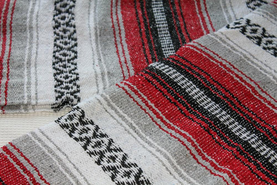 Mexican Falsa Blanket - Red and Black