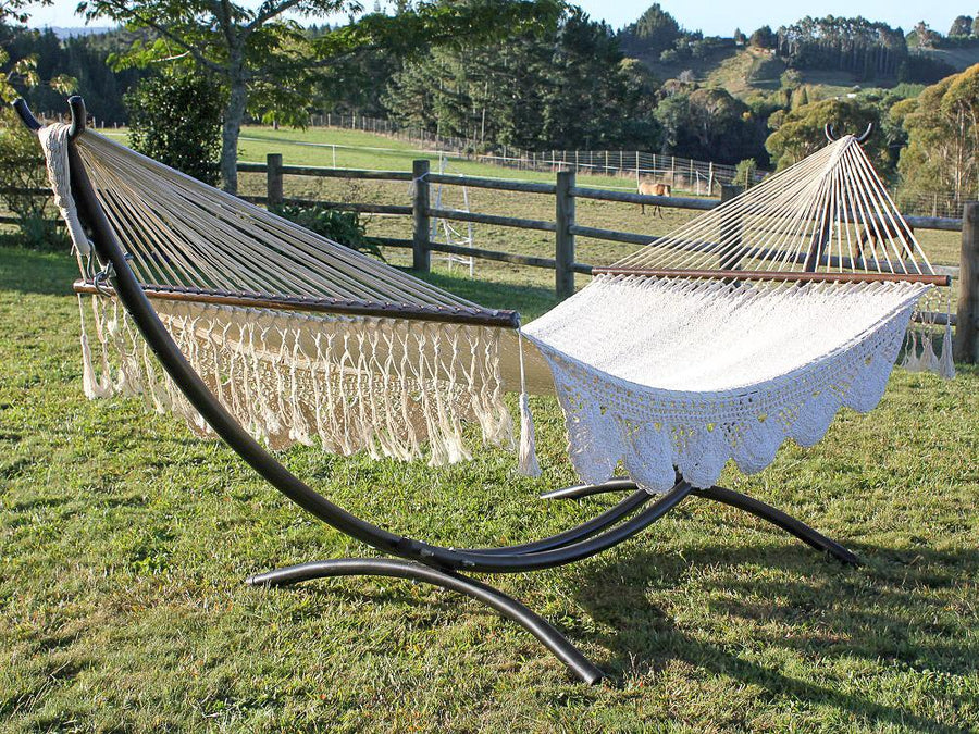 Curved Metal Hammock Stand and King Spreader Hammock