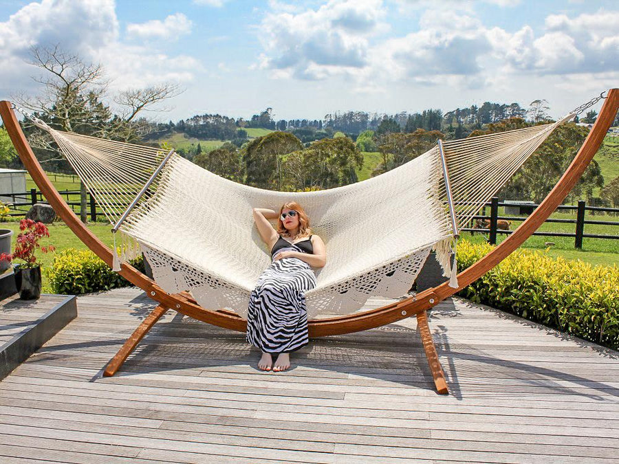 Wooden Arc Hammock Stand & King Spreader Bar Hammock