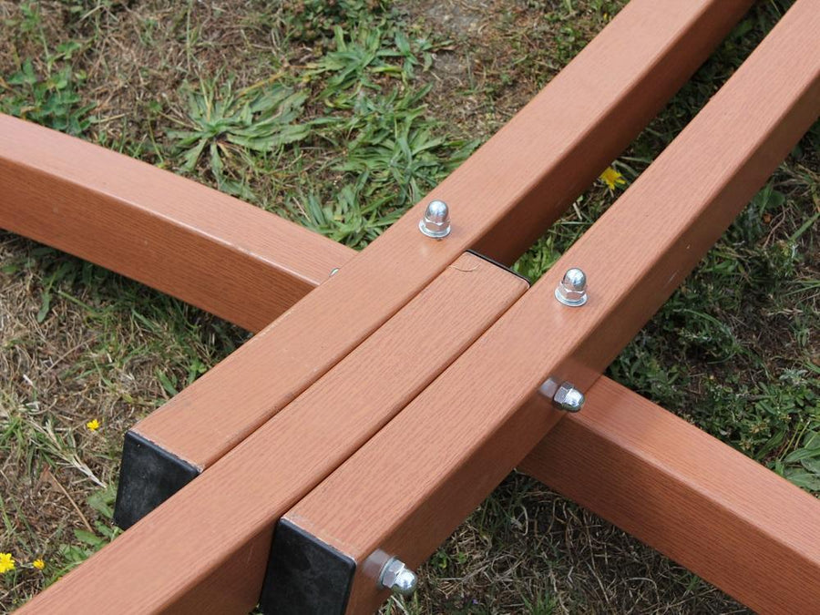 Faux wood metal hammock stand close up