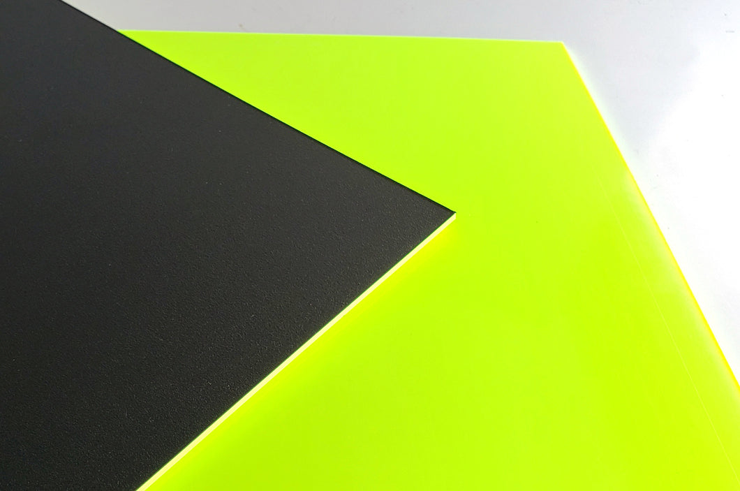 Dual Layer Royalite™HG by Spartech™ - Black | Safety Yellow