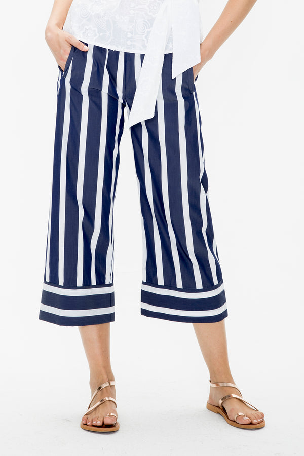 <p><b>Expected delivery in mid-March</b></p>Leandra Pants