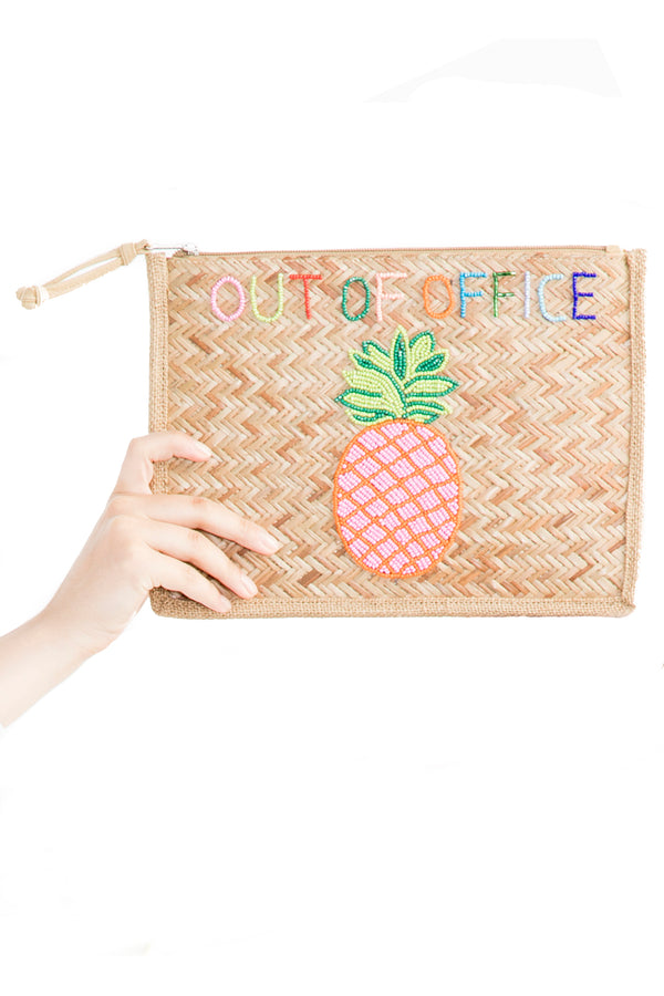 <p><b>Expected delivery in mid-March</b></p> Dunya Pineapple Clutch