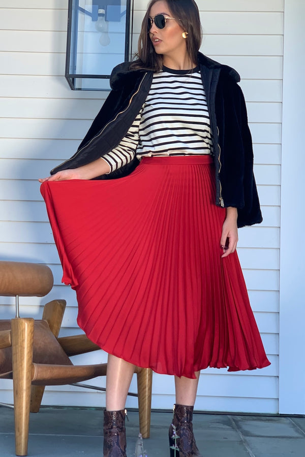 Juline Pleated Skirt Red