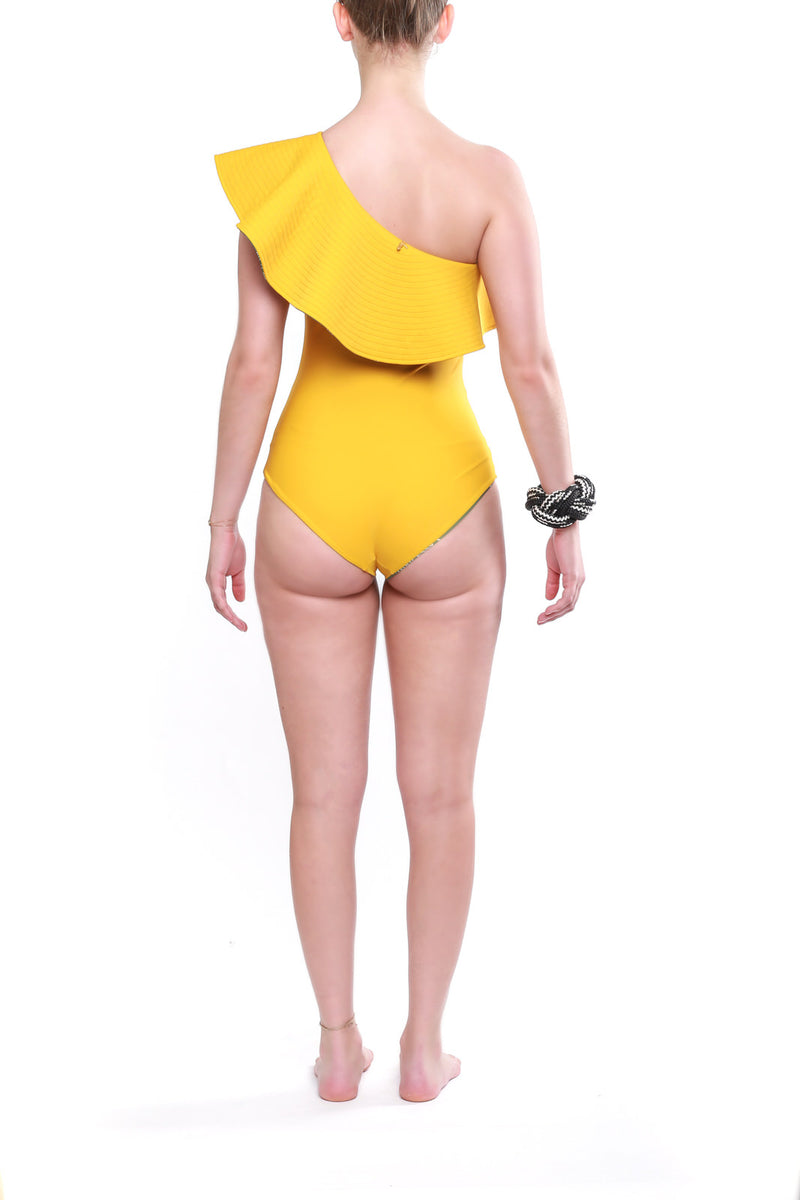 One Piece Tucan Green Mustard