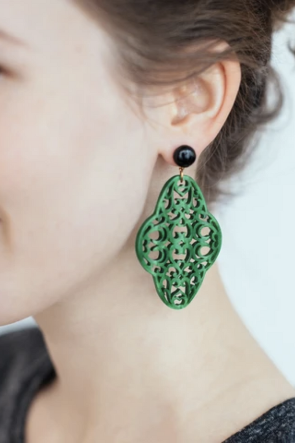 Preeti Earrings Green & Onix
