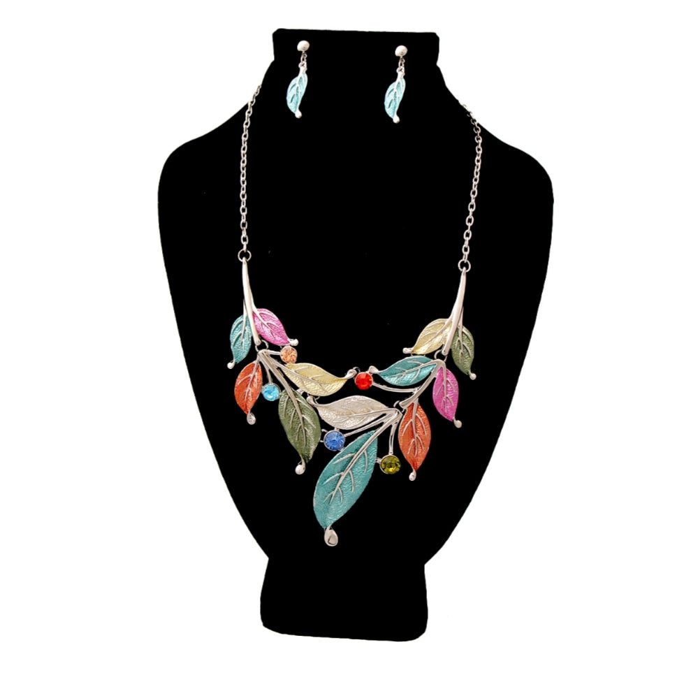 Colored Leaf Necklace Set
