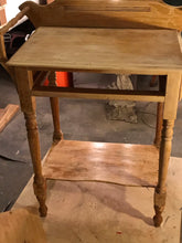Vintage Washbasin Table