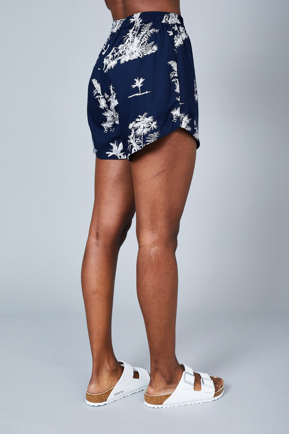 THE ISLA SHORT