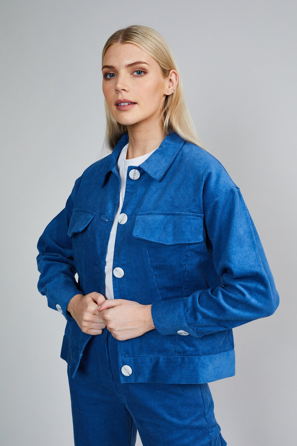 THE GLORIA JACKET