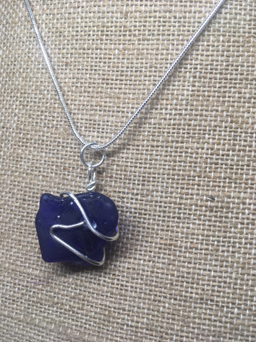 Simply blue necklace