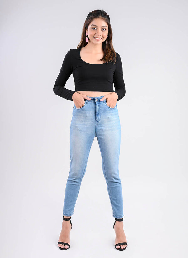 LIGHT BLUE VINTAGE SKINNY JEANS