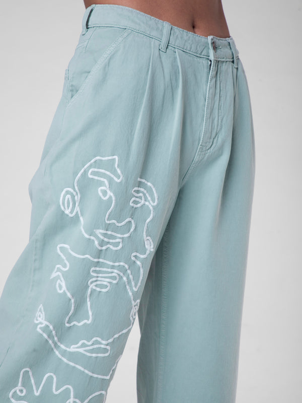 Wide jeans with embroidery