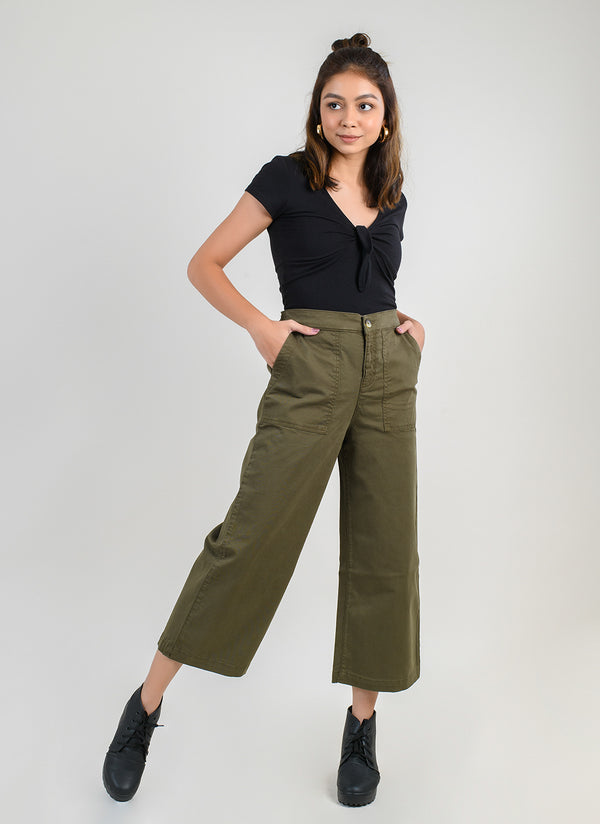 PARALLEL PANTS IN OLIVE WITH CARPENTER POCKETS