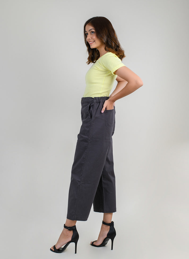 PARALLEL PANTS IN GREY WITH CARPENTER POCKETS