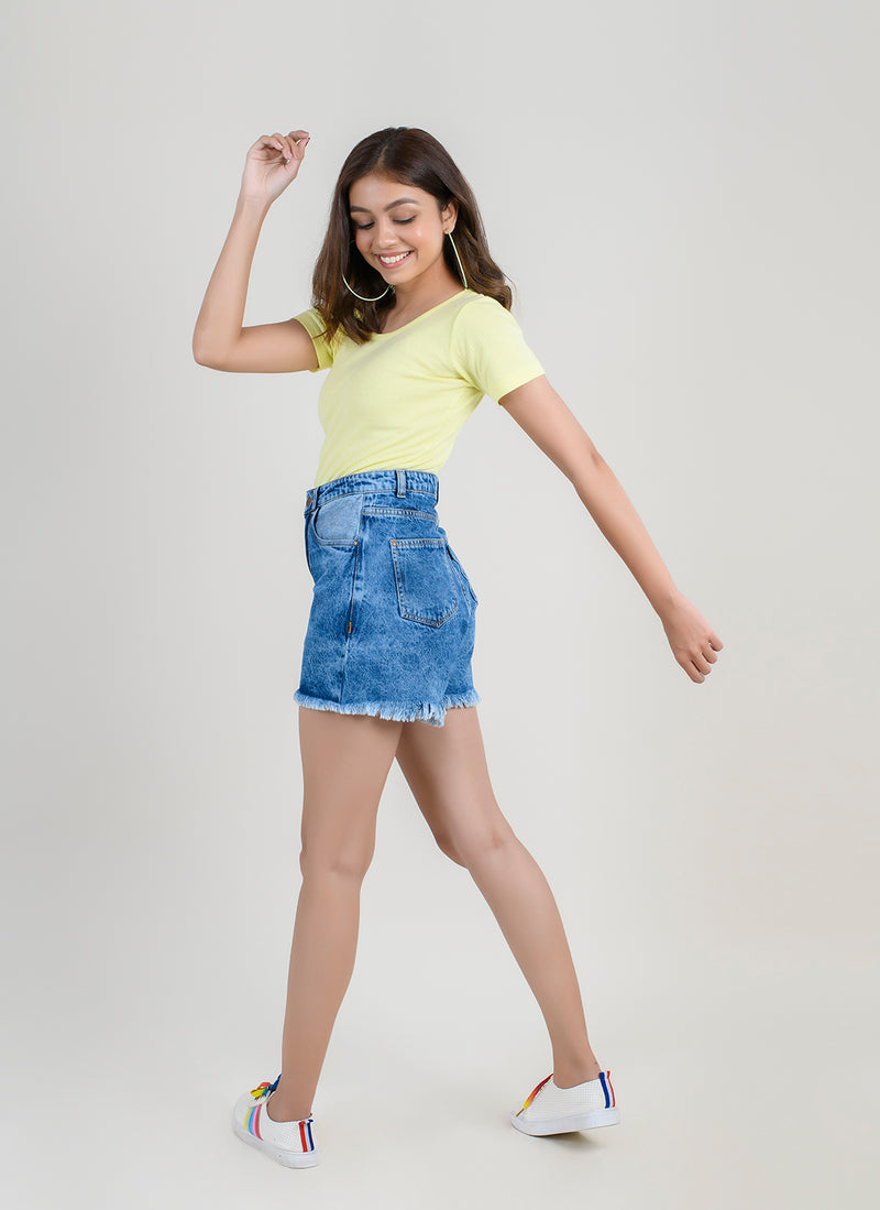 MID BLUE DENIM HIGH WAIST SHORTS
