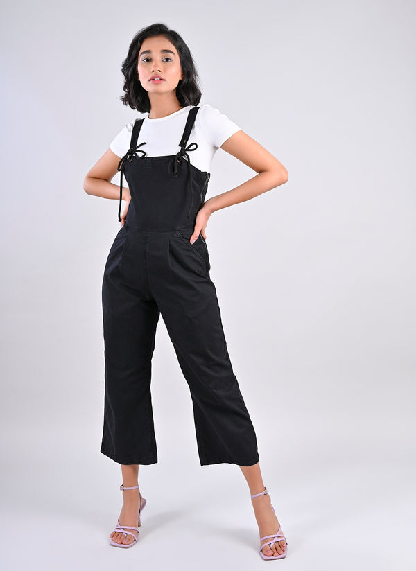 STRAPPY DUNGAREE IN BLACK