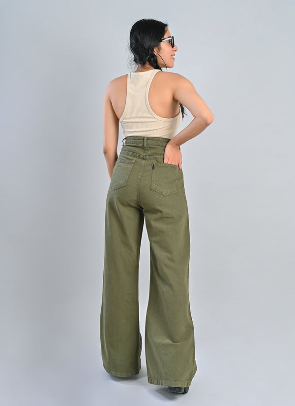OLIVE FLARED JEANS