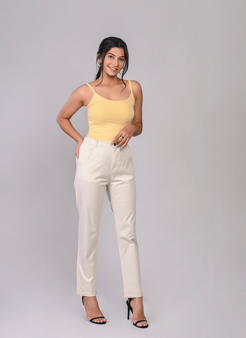 ELASTICATED MOM PANTS IN CREAM
