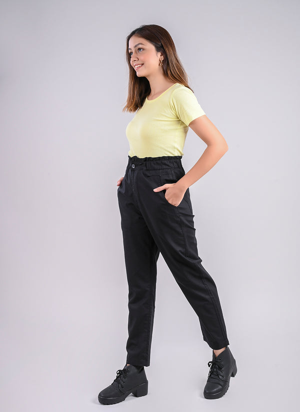 BREEZY PANTS IN BLACK WITH PAPERBAG WAIST