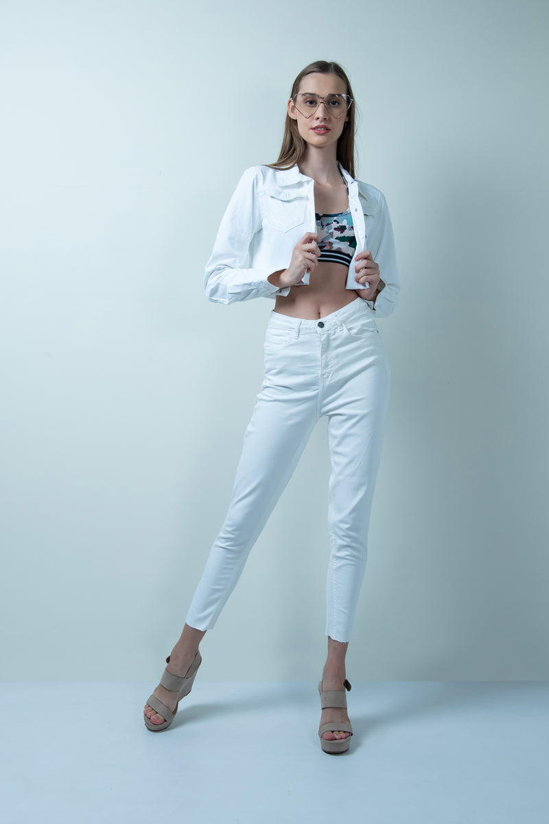WHITE DENIM RAW HEM CROPPED JACKET
