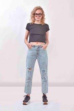 Mom Fit distressed reverse Denim jeans