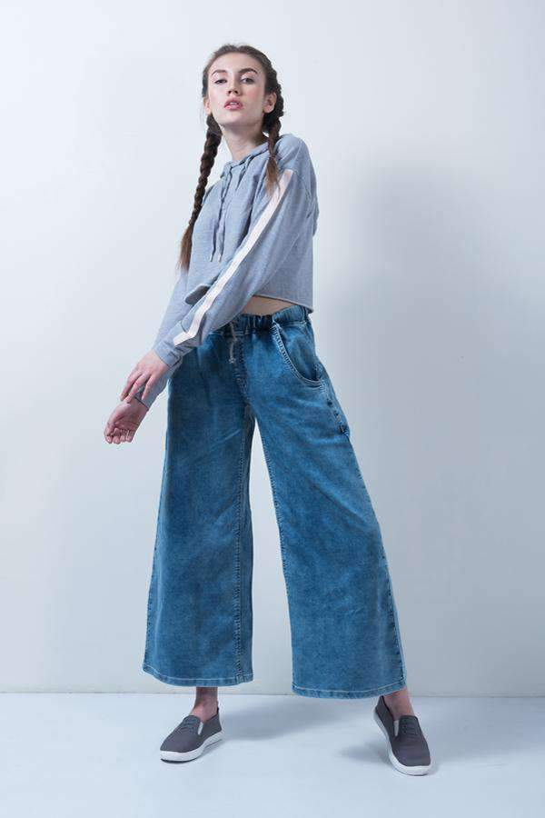 HIGH WAIST DENIM FLARED JEANS