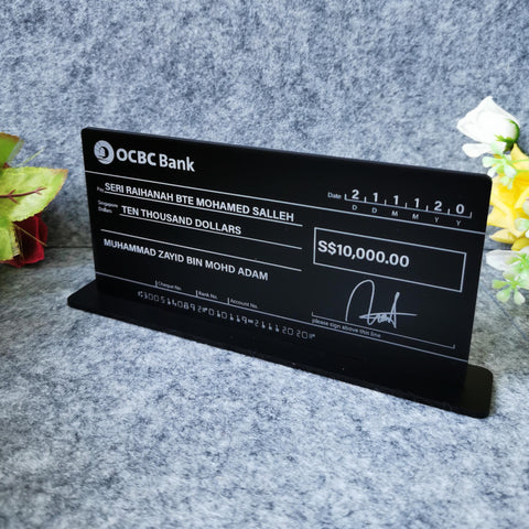 Self Standing Mockup Cheque Wedding (Matte Black Acrylic)