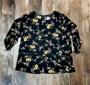 Plus Size Floral Print Top